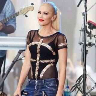 Gwen Stefani - Gwen Stefani Performs on NBC's Today Show
