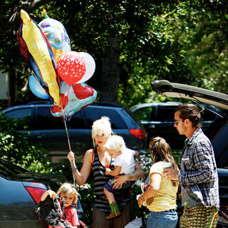 Gwen Stefani, Gavin Rossdale in Gwen Stefani Shopping at Party City in Hollywood with Family Holding A Bunch of Birthday Balloons