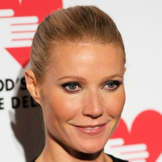 Gwyneth Paltrow in God's Love We Deliver 2012 Golden Heart Awards Celebration - gwyneth-paltrow-2012-golden-heart-awards-celebration-01
