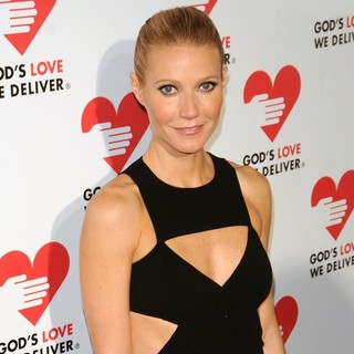 Gwyneth Paltrow in God's Love We Deliver 2012 Golden Heart Awards Celebration - gwyneth-paltrow-2012-golden-heart-awards-celebration-03