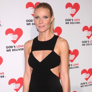 Gwyneth Paltrow in God's Love We Deliver 2012 Golden Heart Awards Celebration - gwyneth-paltrow-2012-golden-heart-awards-celebration-04