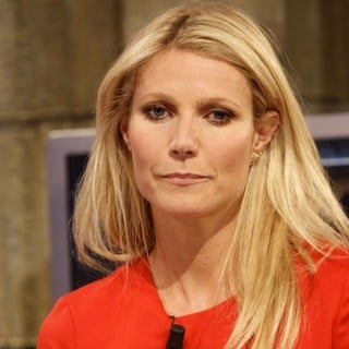 Gwyneth Paltrow in Gwyneth Paltrow Appears on El Hormiguero TV Show