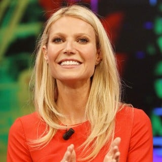 Gwyneth Paltrow Appears on El Hormiguero TV Show - gwyneth-paltrow-appears-on-el-hormiguero-tv-show-04