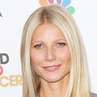 Gwyneth Paltrow in Stand Up To Cancer 2012 - Arrivals