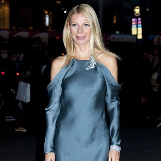 Gwyneth Paltrow - Tiffany's Blue Book Ball - Outside Arrivals