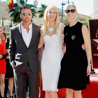 Tim McGraw, Gwyneth Paltrow, Faith Hill in Gwyneth Paltrow Hollywood Walk of Fame Star Induction Ceremony