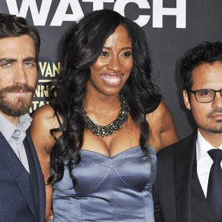 Jake Gyllenhaal, Shondrella Avery, Michael Pena in Los Angeles Premiere of End of Watch
