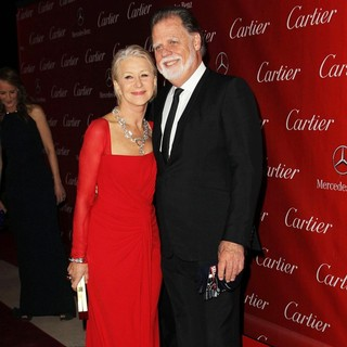 Helen Mirren, Taylor Hackford in 24th Annual Palm Springs International Film Festival Awards Gala - Red Carpet