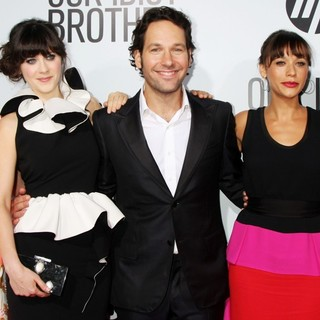 Kathryn Hahn, Zooey Deschanel, Paul Rudd, Rashida Jones, Elizabeth Banks in Our Idiot Brother - Los Angeles Premiere