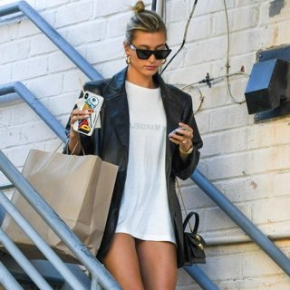 Hailey Baldwin in Hailey Baldwin Seen Out and About in Los Angeles