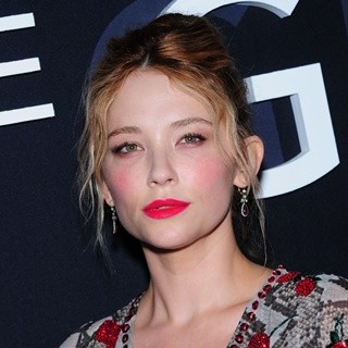 Haley Bennett in New York Premiere of 'The Girl on the Train'