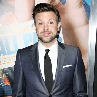 "Jason Sudeikis in Los Angeles Premiere of Warner Bros. Pictures' ""Hall Pass"""