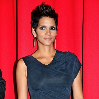 Halle Berry in The European Premiere of Cloud Atlas- Red Carpet Arrivals