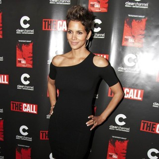 Halle Berry in Chicago Screening of The Call
