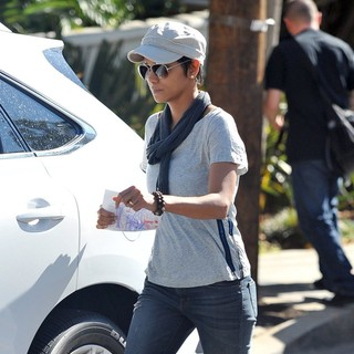 Halle Berry in Halle Berry Sports What Might be An Engagement Ring as She Spends The Day with Her Kids