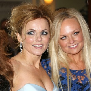 Geri Halliwell, Emma Bunton, Spice Girls in VIVA Forever Spice Girls The Musical - Arrivals