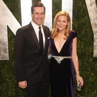 Jon Hamm, Jennifer Westfeldt in 2012 Vanity Fair Oscar Party - Arrivals