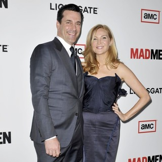 Jon Hamm, Jennifer Westfeldt in AMC's Mad Men - Season 6 Premiere