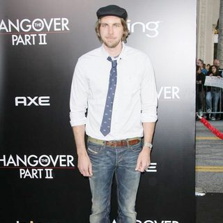Dax Shepard in Los Angeles Premiere of The Hangover Part II