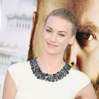 Yvonne Strahovski in Los Angeles Premiere of The Hangover Part II