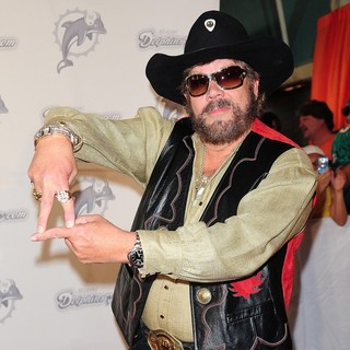 Hank Williams Jr. in The Miami Dolphins vs The New England Patriots NFL Monday Night Football Game - hank-williams-jr-nfl-monday-night-football-game-04