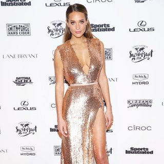 Sports Illustrated Swimsuit 2016 - Red Carpet Arrivals