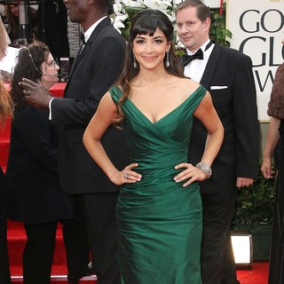 Hannah Simone in The 69th Annual Golden Globe Awards - Arrivals