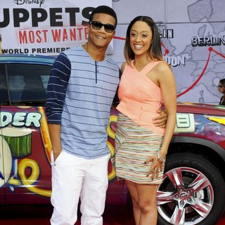 Cory Hardrict, Tia Mowry in Los Angeles Premiere of Disney's Muppets Most Wanted - Red Carpet Arrivals