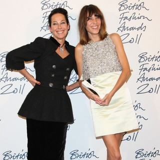 Amanda Harlech, Alexa Chung in British Fashion Awards 2011 - Press Room
