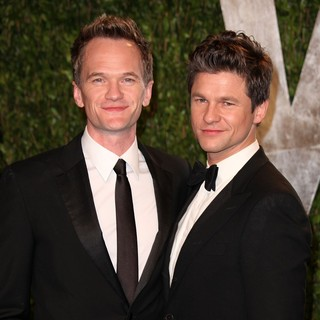 Neil Patrick Harris, David Burtka in 2012 Vanity Fair Oscar Party - Arrivals