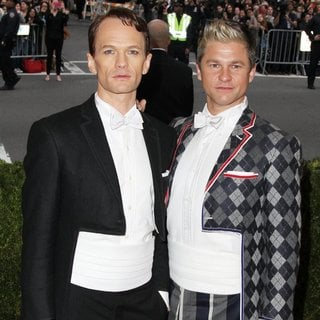 Neil Patrick Harris, David Burtka in Charles James: Beyond Fashion Costume Institute Gala - Arrivals