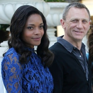 Naomie Harris, Daniel Craig in Photocall for Film Skyfall