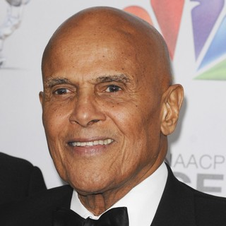 Harry Belafonte in The 43rd Annual NAACP Awards - Arrivals