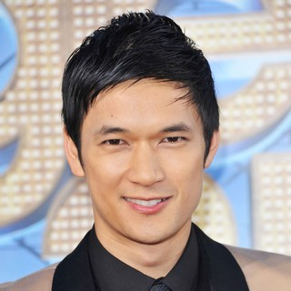 The World Premiere of Glee The 3D Concert Movie - Arrivals - harry-shum-jr-premiere-of-glee-the-3d-concert-movie-01
