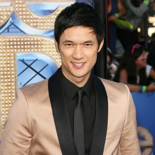 The World Premiere of Glee The 3D Concert Movie - Arrivals - harry-shum-jr-premiere-of-glee-the-3d-concert-movie-02