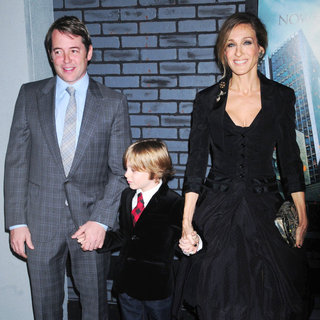 Matthew Broderick, James Wilkie Broderick, Sarah Jessica Parker in The Premiere of 'Harry Potter and the Deathly Hallows: Part I'