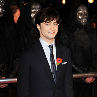 Daniel Radcliffe in World Premiere of 'Harry Potter and the Deathly Hallows: Part I' - Arrivals