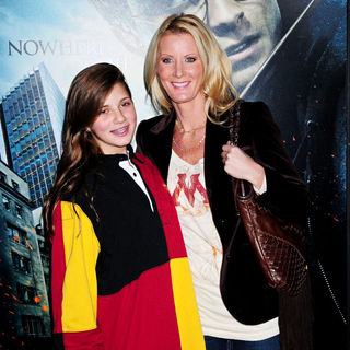 Michaela Cuomo, Sandra Lee in The Premiere of 'Harry Potter and the Deathly Hallows: Part I'