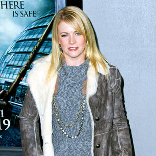 Melissa Joan Hart in The Premiere of 'Harry Potter and the Deathly Hallows: Part I'