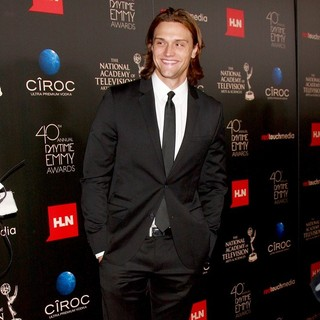 Hartley Sawyer in The 40th Annual Daytime Emmy Awards - Arrivals