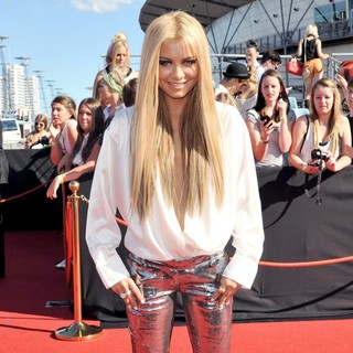 Havana Brown in The 2011 ARIA Awards