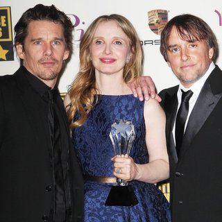 Ethan Hawke, Julie Delpy, Richard Linklater in The 19th Annual Critics' Choice Awards - Press Room