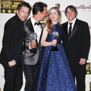 Ethan Hawke, Matthew McConaughey, Julie Delpy, Richard Linklater in The 19th Annual Critics' Choice Awards - Press Room