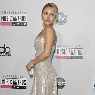 Hayden Panettiere in The 40th Anniversary American Music Awards - Arrivals