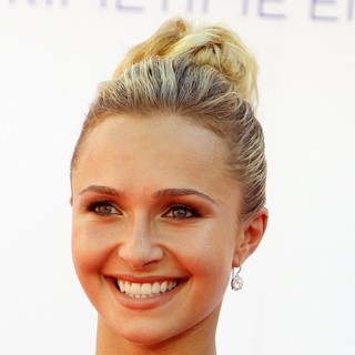 Hayden Panettiere in 64th Annual Primetime Emmy Awards - Arrivals