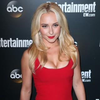 Hayden Panettiere in Entertainment Weekly and ABC TV Celebrate The New York Upfronts with A VIP Cocktail Party - Arrivals