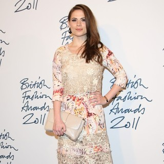 Hayley Atwell in British Fashion Awards 2011 - Arrivals - hayley-atwell-british-fashion-awards 2011-02