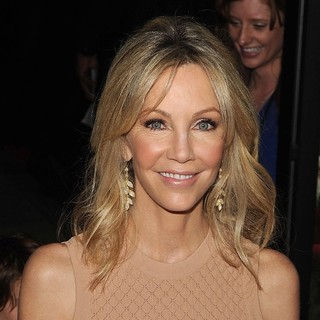 Heather Locklear in Los Angeles Premiere of Scary Movie 5 - heather-locklear-premiere-scary-movie-5-01