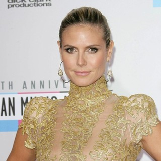Heidi Klum in The 40th Anniversary American Music Awards - Arrivals