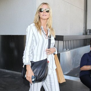 Heidi Klum-Heidi Klum Arrives at Los Angeles International Airport